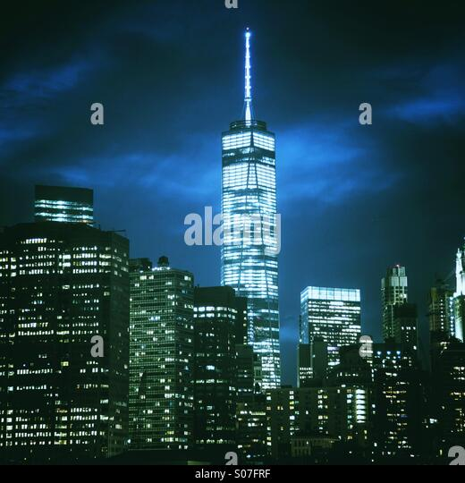 Manhattan skyline night shot including new World Trade Center - Stock-Bilder