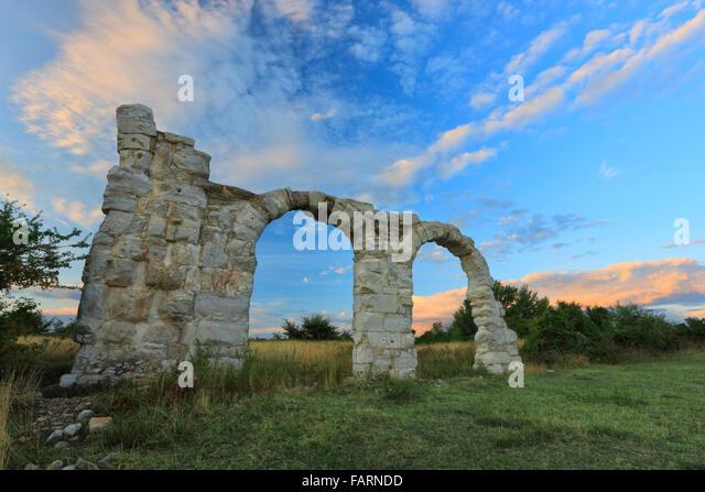 The arches at Burnum, Croatia.It was a Roman Legion camp and town. - Stock-Bilder
