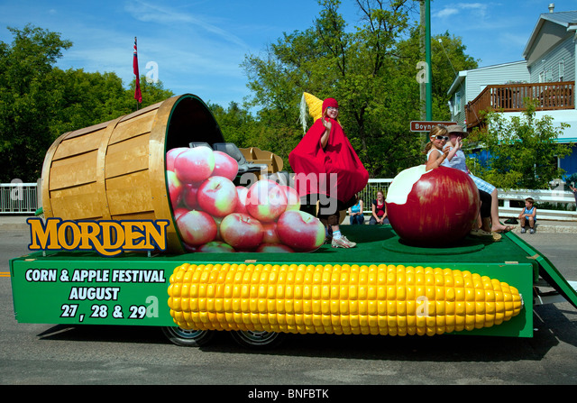 The Morden Corn and Apple Festival parade float in the Carmen, Manitoba parade. - Stock Image