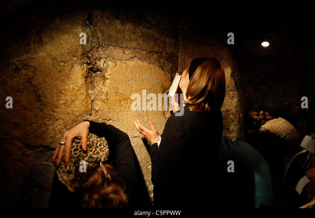 jewish single women in tunnel city A close look at the ashlar with the wooden (stone) block holding the plaster in place in the western wall tunnel warren's gate was discovered in 1867 by charles warren the single stone that makes the gate's threshold is original from herod's.