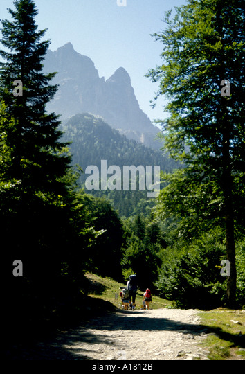 Pic du Midi d'Ossau, from near Lac de Bious Artigue, Pyrenees, France - Stock Image
