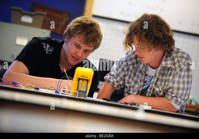 Students at sixth form further education college - Stock Image