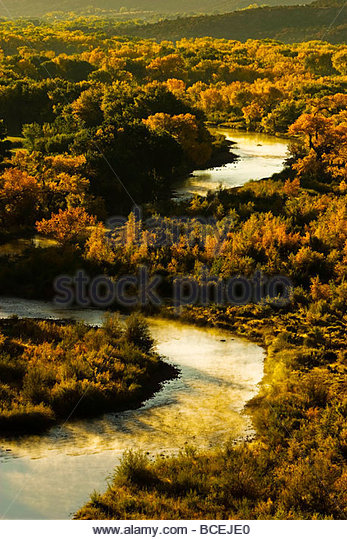 The Chama River winds through Georgia O'Keefe country. - Stock Image