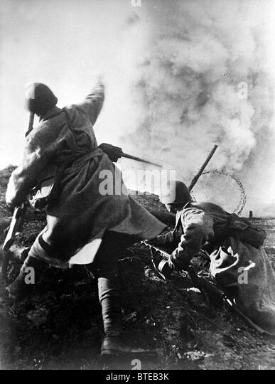 the great patriotic war 1941 - 1945 essay The great patriotic war (russian: вели́кая оте́чественная война́, translit  22  june 1941 to 9 may 1945 along the many fronts of the eastern front of world war   it can be found in vissarion belinsky's essay russian literature in 1843 first.