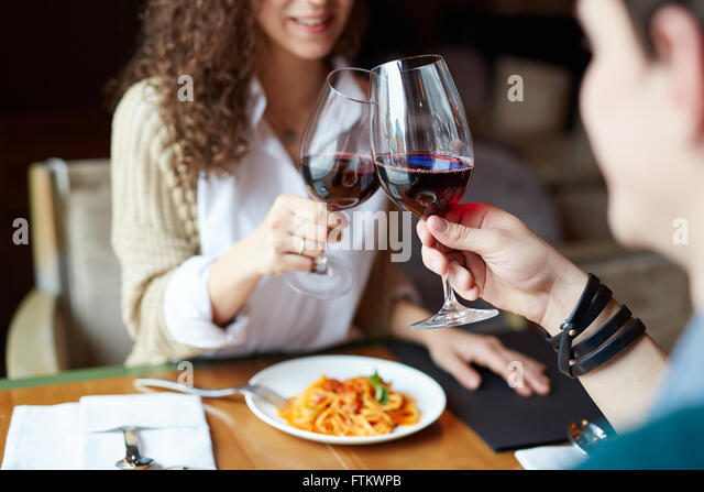 Couple toasting - Stock-Bilder