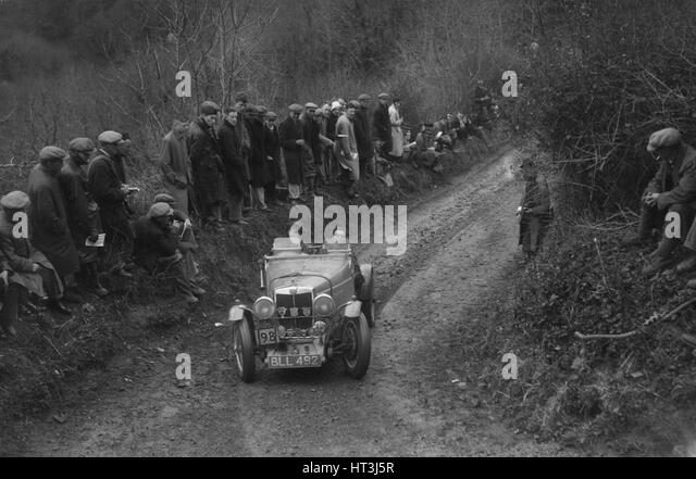 MG NA Magnette of N Lloyd competing in the MCC Lands End Trial, 1935. Artist: Bill Brunell. - Stock Image