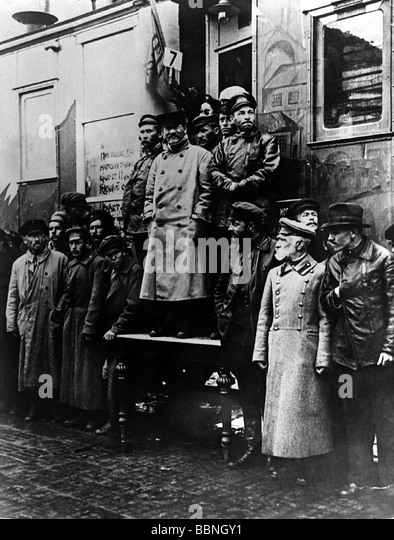 Kalinin, Mikhail Ivanovich, 19.11.1875 - 3.6.1946, Soviet politician, group picture, on the train 'October Revolution', - Stock Image