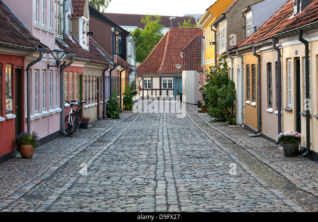 Cobblestone alley in the old poor quarter, City of Beggars, Odense, Funen, Denmark, Scandinavia - Stock Image