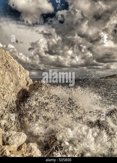 Storm surge on limestone coast - Stock Image