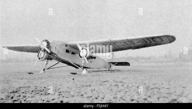 Ford trimotor stock photos ford trimotor stock images for Ford tri motor crash