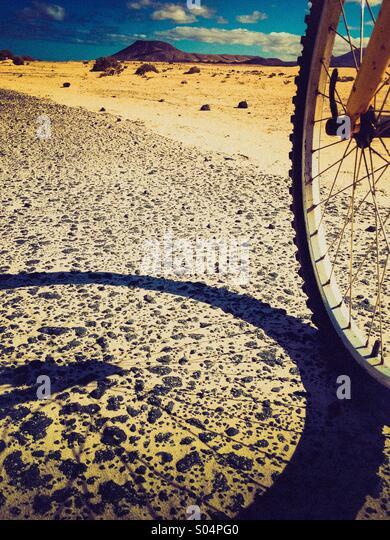 Exploring Fuerteventura by bicycle - Stock-Bilder