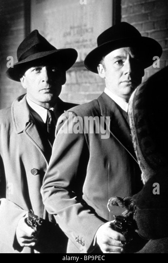 SCENE WITH VAN JOHNSON SCENE OF THE CRIME (1949) - Stock Image