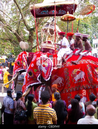 Perahera Buddhist Festival Stock Photos & Perahera ...