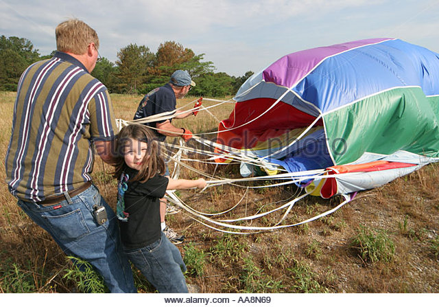 Alabama Decatur Alabama Jubilee Hot Air Balloon Classic gathering retrieving - Stock Image