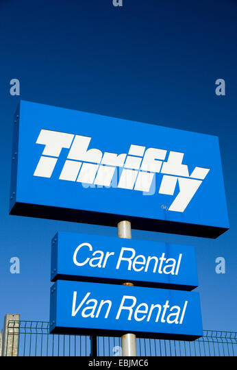 Thrifty creates unique and engaging social media campaign with help from the extensive audience reach of Travelocity's Roaming Gnome The Opportunity Thrifty Car Rental, a global company, has a strong history of running traditional display media campaigns.