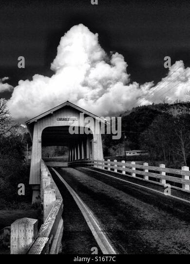 Covered bridge - Stock-Bilder