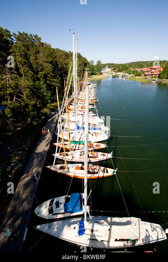 View over quay with sailing boats - Stock Image