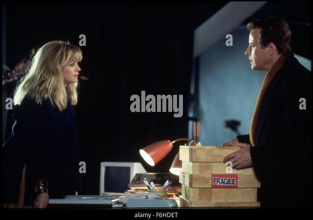 1991, Film Title: DECEIVED, Director: DAMIAN HARRIS, Studio: TOUCHSTONE, Pictured: GOLDIE HAWN, JOHN HEARD, CONFRONTATION, - Stock Image