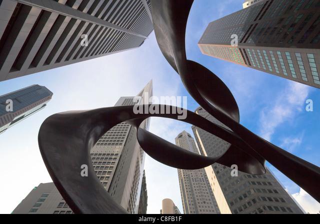 Singapore, Asia, Raffles Square, Raffles place, monument, Skultpur, look, glance, upwards, skyscraper, blocks of - Stock Image