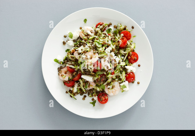 King prawn Puy lentil courgette salad - Stock Image