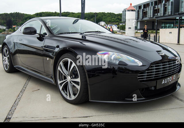 aston martin edinburgh html with V 12 on Aston Martin Racing Logo moreover 8CAGD5A4 in addition Index likewise Sean Connery James Bond Sean in addition Gillies.
