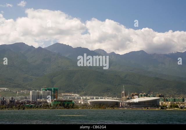 China Yunnan Dali new city & Erhai lake - Stock-Bilder