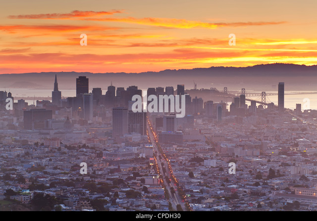 City skyline viewed from Twin Peaks, San Francisco, California, United States of America, North America - Stock-Bilder
