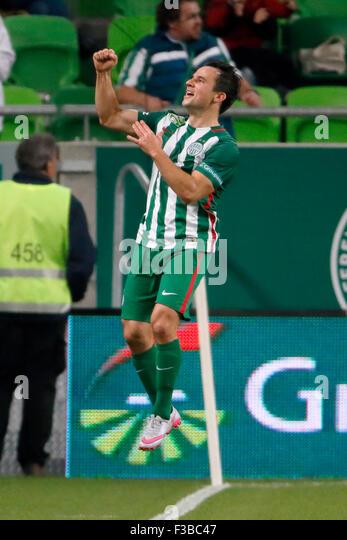 BUDAPEST, HUNGARY - OCTOBER 3, 2015: Tamas Hajnal of Ferencvaros celebrates his equalizer goal during Ferencvaros - Stock-Bilder