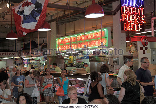 Philadelphia Pennsylvania Reading Terminal Market Center City historic farmers market local food Artisanal merchant - Stock Image