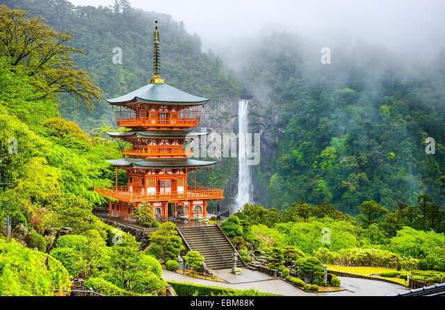 Nachi, Japan at the pagoda of Seigantoji and Nachi no Taki waterfall. - Stock Image