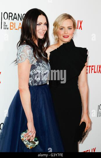 New York, NY, USA. 16th June, 2016. Laura Prepon, Taylor Schilling at arrivals for ORANGE IS THE NEW BLACK Season - Stock Image
