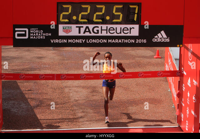 ​​​London, UK 24 April 2016. Jemima Sumgong (Kenya) wins the Virgin Money London Marathon in a time of 2:22:58. - Stock Image