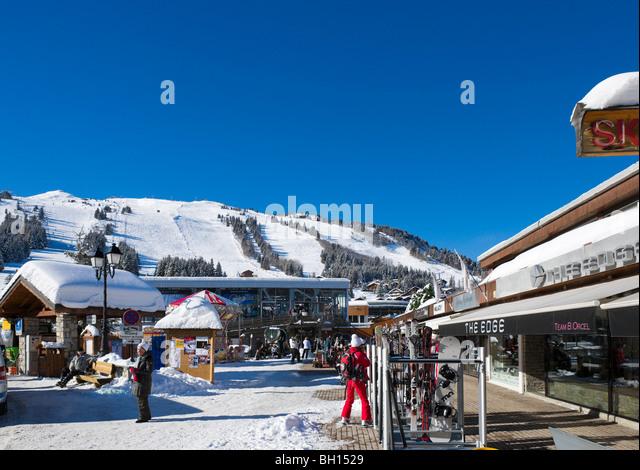 The resort centre, Courchevel 1850, Three Valleys, Tarentaise, Savoie, France - Stock-Bilder
