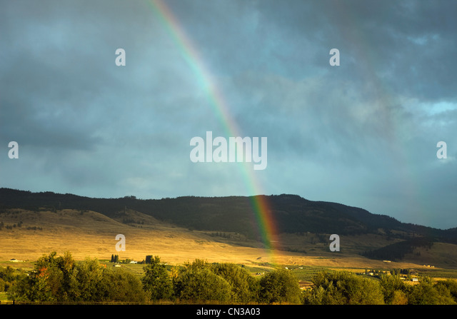 Rainbow over picturesque landscape, British Columbia, Canada - Stock-Bilder