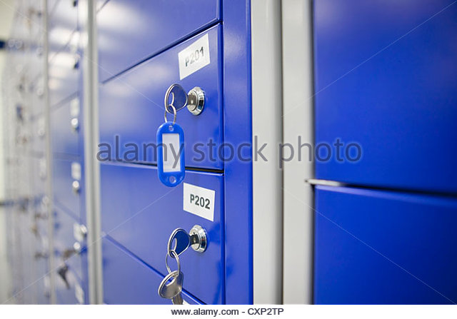 Close up of key in locker - Stock Image