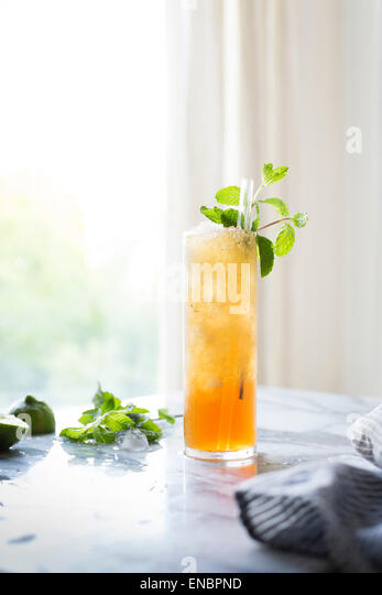 Brown sugar mint juleps cocktail - Stock Image