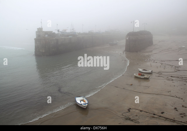 Newquay Harbour shrouded in mist, Cornwall, England, Great Britain, United Kingdom, UK, Europe - Stock Image