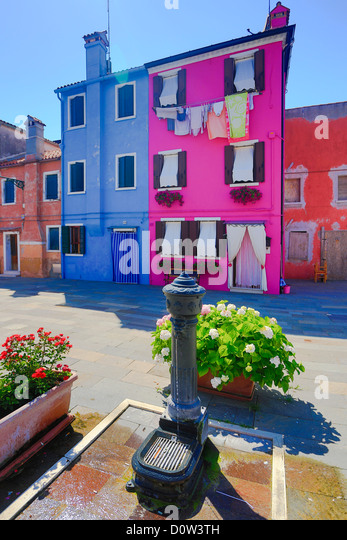 Italy, Europe, travel, Burano, architecture, colourful, colours, tourism, Venice, fountain - Stock-Bilder