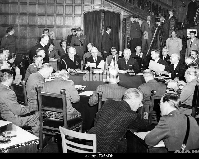 Stalin, Churchill, Attlee, Truman, and others at the Potsdam Conference, Germany, 19 Jul 1945 during world war two - Stock Image