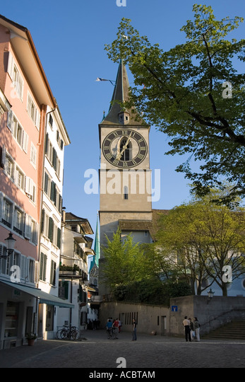 Switzerland Zurich St Peterhofstatt historic buildings church h St Peter - Stock Image