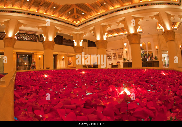 Roses in the Lobby of Medinat Jumeirah ,  Dubai, United Arab Emirates - Stock Image