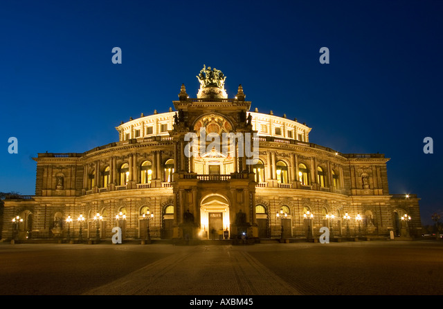Dresden theatre square semper opera house at twilight - Stock Image