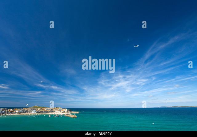 Old Harbour Harbor Atlantic ocean in summer, St Ives, United Kingdom - Stock Image