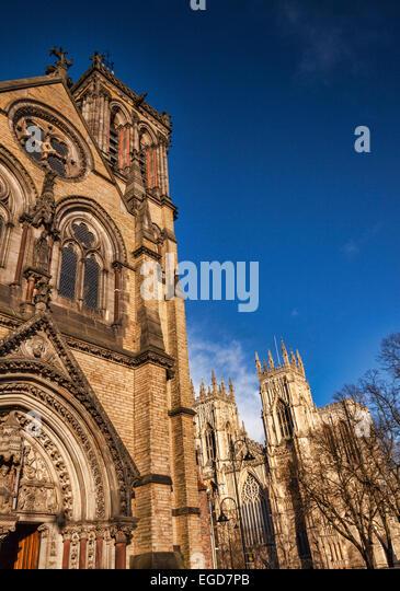 St Wilfrid's Catholic Church and York Minster, York, North Yorkshire, England, UK. - Stock-Bilder