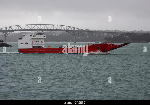 Car Ferry To Waiheke Island From Auckland