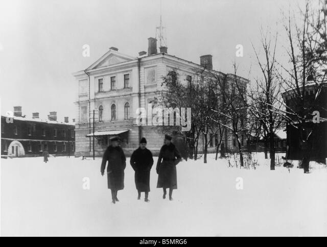 9 1917 12 15 A1 2 Conference buildings 1917 World War 1 1914 18 Russian German armistice of Brest Litowsk 15th December - Stock-Bilder