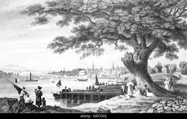EARLY 1800s SKYLINE PEOPLE STROLLING ALONG WATERFRONT OF PHILADELPHIA PA USA - Stock Image