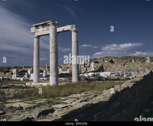 Greece Cyclades island Delos antiquity city excavation-place ruins Aegean coast culture archaeology excavation-place - Stock-Bilder