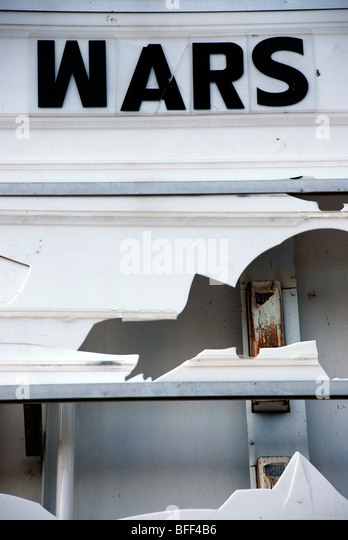 WARS, Found type on damaged cinema marquee - Stock Image