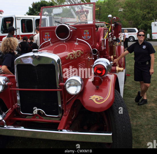 fire truck, fire engine, old, antique, nostalgic, red, Laval, Quebec, Canada - Stock-Bilder